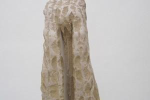 « La peine », 1985, pierre de Soignies, 114 x 56 x 47 cm