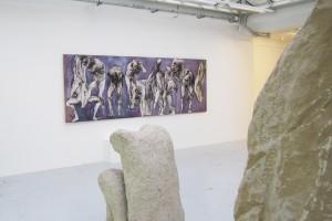 « Figure accroupie », 1970, pierre de Massengis, 107 x 70 x 65 cm ; « Les dix plaies d'Egypte », fusain, gouache, et collage sur papier – 2 parties : 130 x 186 cm