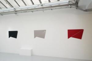 « Bird », 2010, peinture sur aluminium, 59 x 89 cm