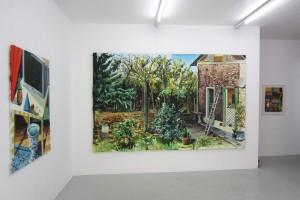 « Pergola », 2011, huile sur toile, 146 x 97 cm ; « Le cimetière des éléphants », 2010, huile sur toile, 200 x 320 cm ; « sans titre (PG06) », 2011, pastel gras sur papier, 64,5 x 50 cm