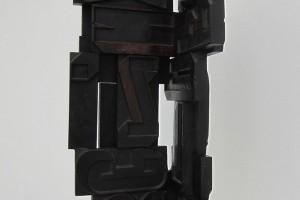 « Morphogramme », 1961, bois, 75 x 26 x 26 cm