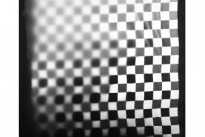 « Coupon damier », 1995, photogramme noir et blanc, argentique, 132 x 120 cm