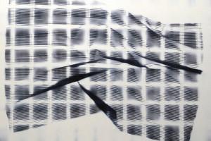 « plissé quadrillé #5 », 2009, photogramme couleur, cibachrome, 70 x 100 cm