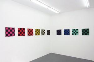 « Ligne en couleurs », acrylique sur tissu, 40 x 40 cm