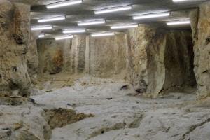 « Concave 06 (Poncé) », 2012, photographies en multi-exposition de carrières souterraines, 40 x 50 cm
