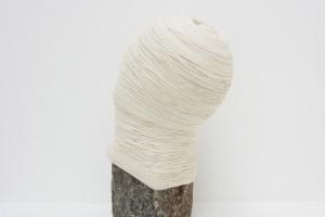« Pavé fils collés », 2012, 45 x 29 x 23 cm