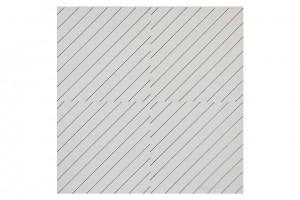 « une simple trame 135° coupée, décalée» (recto), 1973, feutre noir sur papier cartonné, 37 x 37 cm