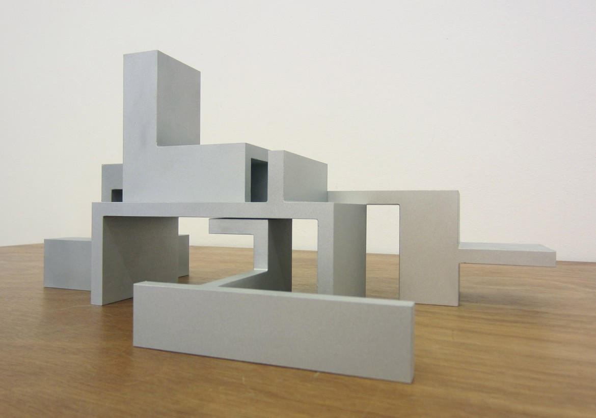 « Model (5 elements) », 2012, modèle aluminium – ed. de 10, dimensions variables