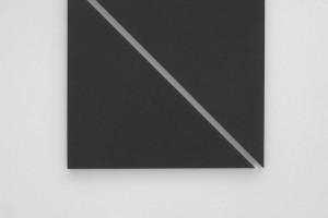 « diagonale painting in 2 parts », 2012, acrylique sur toile, 135 x 142 cm