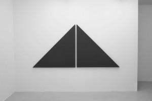 « diagonale painting in 2 parts », 2012, acrylique sur toile, 135 x 275 cm