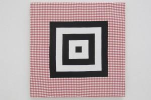 « cible », 2013, acrylique sur tissu, 60 x 60 cm