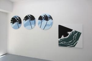 « Palmiers », 2014, acrylique sur toile, diam. 80 cm – « Titanic Night », 2010 acrylique sur toile, 100 x 100 cm