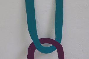 Un (bleu & violet), 2014, glycéro sur aluminium, 85 x 25 cm