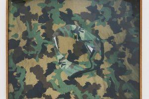 Déshabillage d'Artemis (la culotte), 2001, photographie couleur, 50 x 65 cm