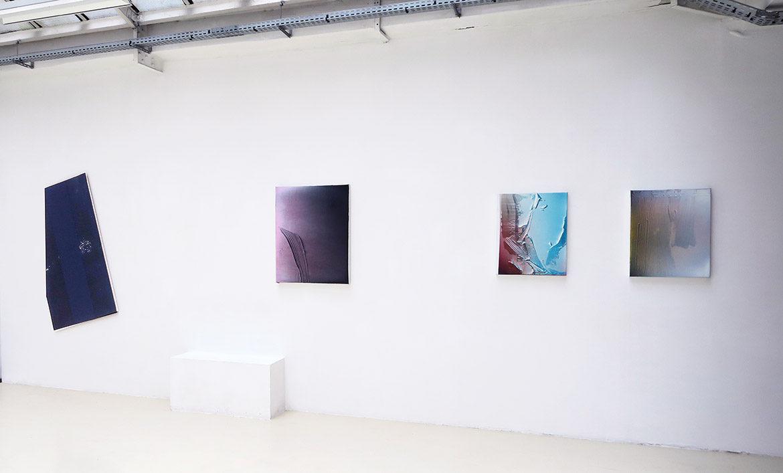 Jan Kämmerling – Plakat #3, acrylique sur bois, 149 x 87 cm / Rémy Hysbergue – À découvert, 2017
