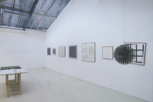 Diagonale – horizontal, 1975, sérigraphie sur 5 panneaux aggloméré, 42 x 241 cm