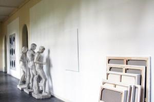CLAUDE RUTAULT, « d/m 112 – Pile ou face 1 », 1980, pile de 20 toiles