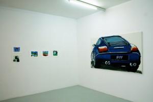 Marielle PAUL, gouaches sur papier / Tatjana DOLL, « Porsche 9/11 », 2007, laque sur toile, 120 x 210 cm