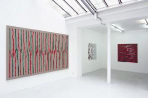 « En regardant en haut puis en bas, peint main droite », 2012, peinture vinylique sur toile, dytique 195 x 160 cm chacune