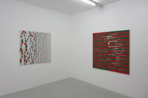 « En regardant à droite, peint main gauche », 120 x 120 cm et « En regardant à gauche, à la main droite, en regardant à droite à la main gauche », 140 x 140 cm – 2012, peinture vinylique sur toile