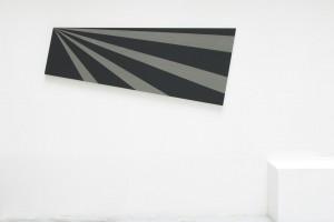 « Burnt out », 2006, laque sur toile, 65 x 160 cm