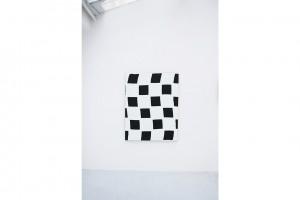 «Damier», 2007, acrylique sur tissu, 146 x 114 cm