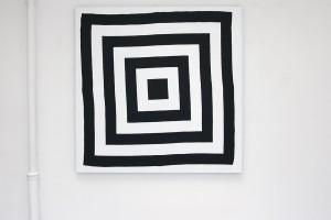 « cible noire », acrylique sur tissu, 170 x 170 cm
