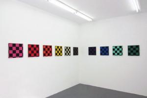 « ligne en couleurs », 2011 acrylique sur tissu – 10 toiles, 40 x 40 cm