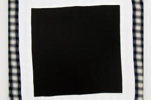 « Carré noir », 2013, acrylique sur tissu, 60 x 60cm