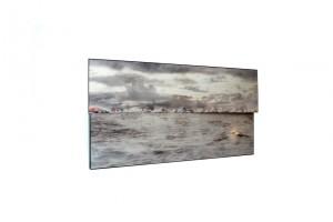 « Kinselmeer – Watou », 2000, cibachrome, plexiglass et peinture, 77 x 145 cm