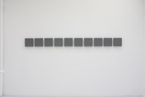 « Team Painting », 1987, acrylique sur toile, 22,5 x 265,5 cm