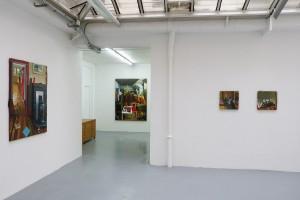 « Poisson vert » – « Cérémonie » – « Les choses immobiles », 2013, huile sur toile, 40 x 40 cm – « La descente », 2013, huile sur toile, 40 x 40 cm