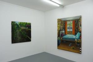 « Entre deux », 2013, huile sur toile, 120 x 120 cm et « Flower Power », 2013, huile sur toile, 190 x 154 cm