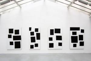 « Scenario », 2014, acrylique sur tissu, 195 x 130 cm / 195 x 97 cm / 195 x 130 cm / 195 x 130 cm