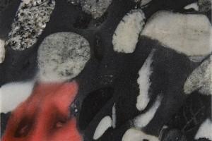 Sans titre, 2014, huile sur marbre Black mosaic, 15 x 11 cm