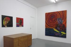 « Tête », 2014, huile sur papier marouflé sur toile, 60 x 60 cm / « Le peintre », 2014, huile sur toile, 205 x 165 cm