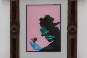 Petit noir avec oiseau (fond rose), 2013, peinture sur verre, 40 x 30 cm