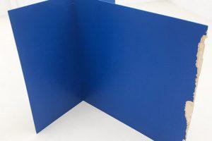 Stabile bleu, 2017, acrylique sur bois, 122 x 126 x 130 cm