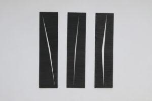 Entailles, 2019, graphite sur papier, 165 x 40 cm chacune