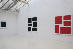 Carré noir – 2019, acrylique sur tissu, 100 x 100 cm / Séquence – 2018, acrylique sur tissu, 180 x 160 cm / Séquence – 2018, acrylique sur tissu, 180 x 160 cm