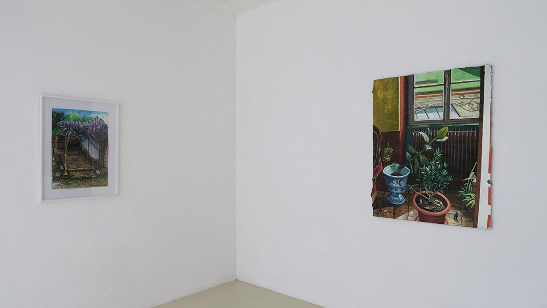 Sans titre, 2020, huile sur toile, 63,5 x 45 cm / Spy, 2020, huile sur toile, 116 x 89 cm